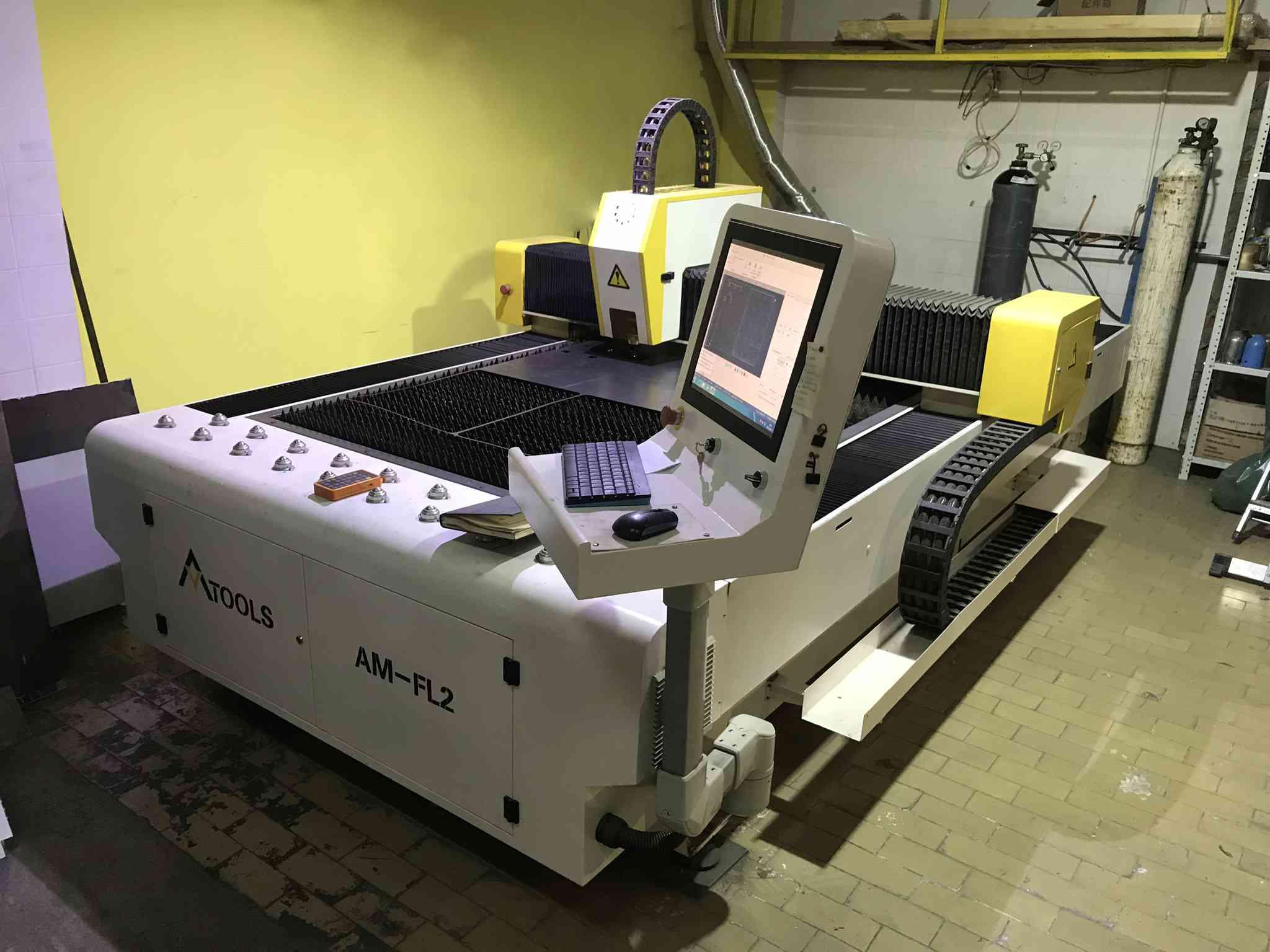 1000W cnc fiber laseri