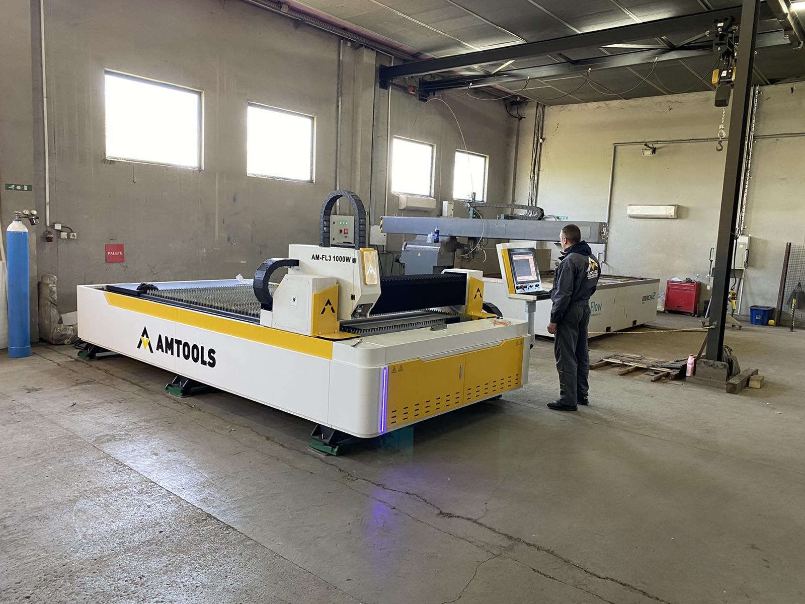 CNC fiber laser strojevi