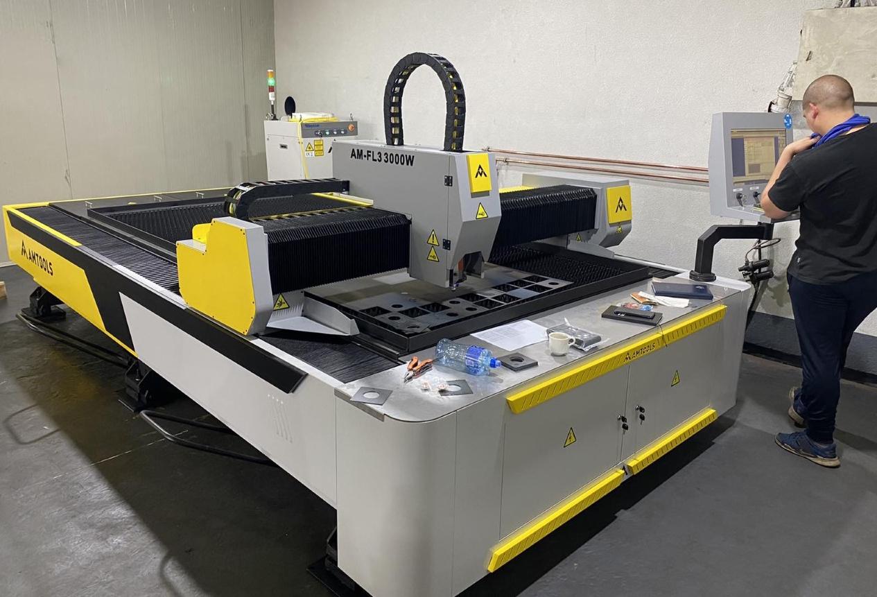 Programiranje CNC fiber lasera domaca proizvodnja