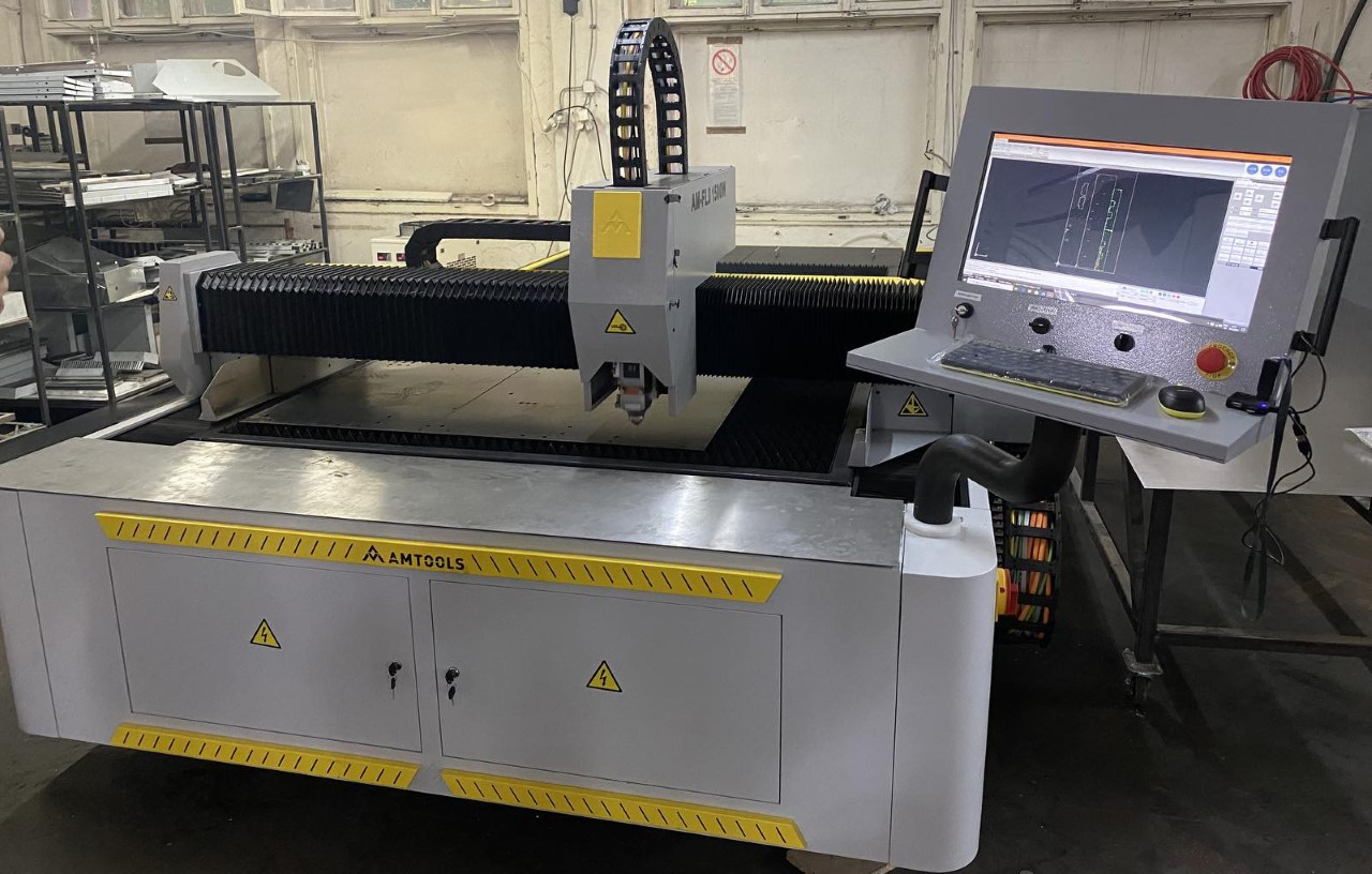 Pustanje u pogon CNC fiber lasera AMTOOLS