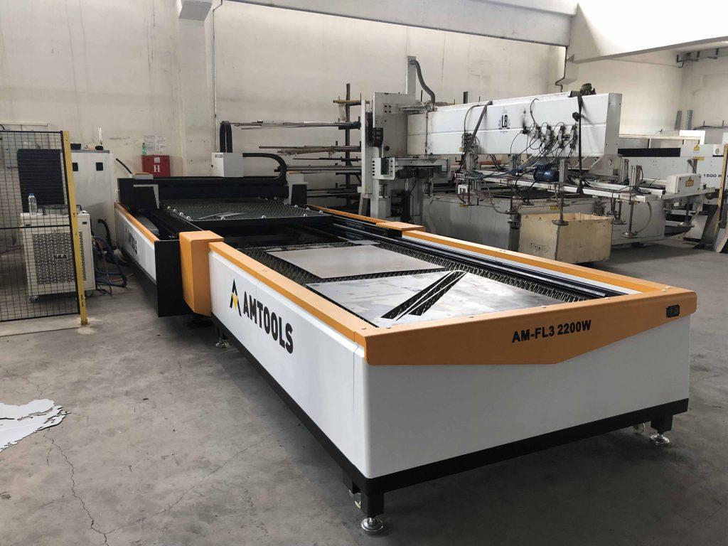 Fiber laser mašine za obradu metala